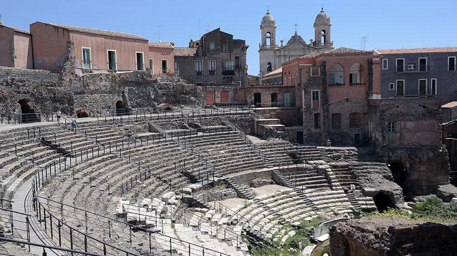 Teatro Romano | B&B San Placido Inn